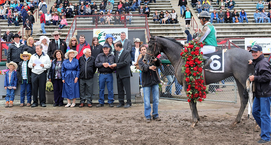 Law Master in the winner's circle for the Alberta Derby at Evergreen Park