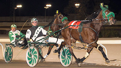 Thats Extra in the Northlands Park Filly Pace - Ryan Haynes/Coady Photo