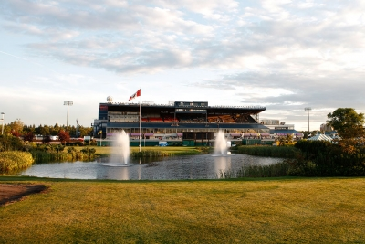 Hennessy takes Derby and Memorial at Northlands Park