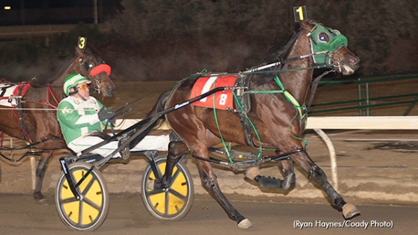 Keith Clark and Appellate winning their Western Canada Pacing Derby Elimination last weekend at Northlands Park
